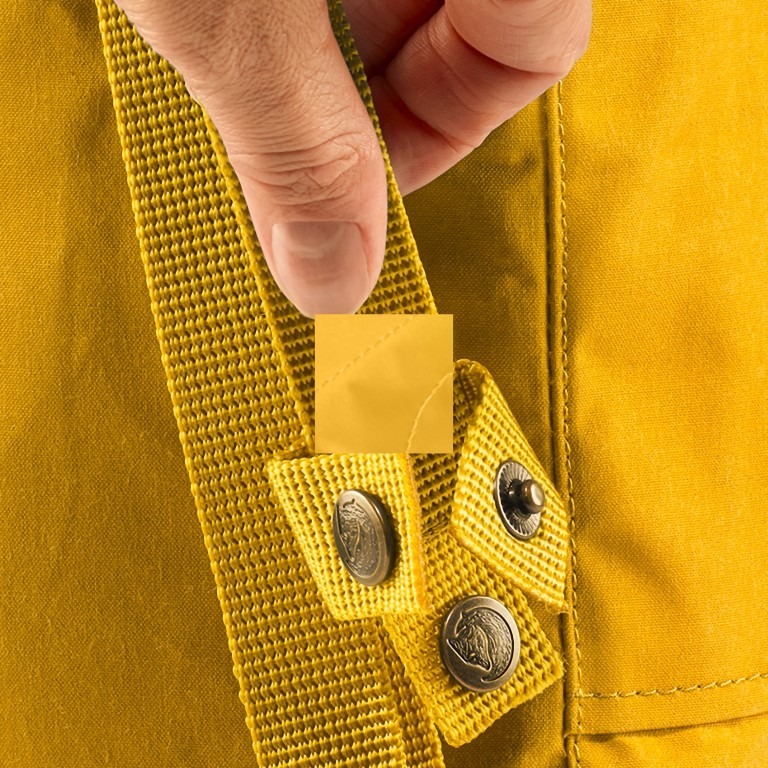 Rucksack Kånken Mini, Farbe: schwarz, anthrazit, grau, blau/petrol, cognac, grün/oliv, rot/weinrot, flieder/lila, rosa/pink, orange, gelb, beige, Marke: Fjällräven, Abmessungen in cm: 20.0x29.0x13.0, Bild 9 von 11