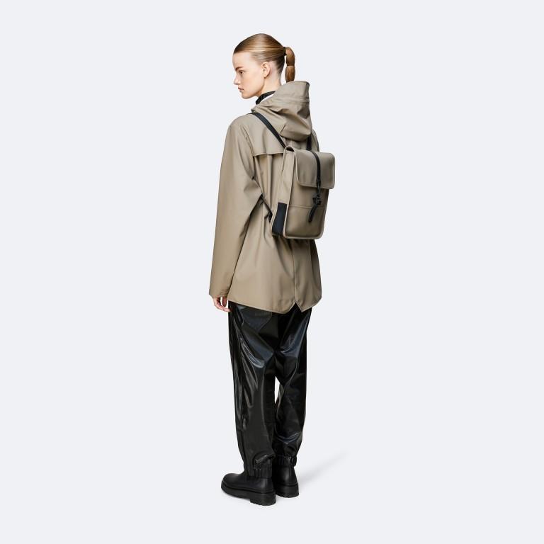 Rucksack Backpack Micro, Farbe: schwarz, blau/petrol, taupe/khaki, beige, Marke: Rains, Abmessungen in cm: 27.0x33.0x7.0, Bild 3 von 5