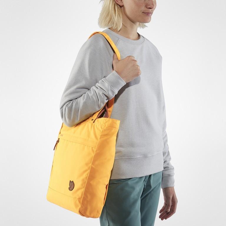 Tasche Totepack No. 1, Farbe: schwarz, grau, blau/petrol, cognac, taupe/khaki, grün/oliv, rot/weinrot, orange, gelb, Marke: Fjällräven, Bild 6 von 11