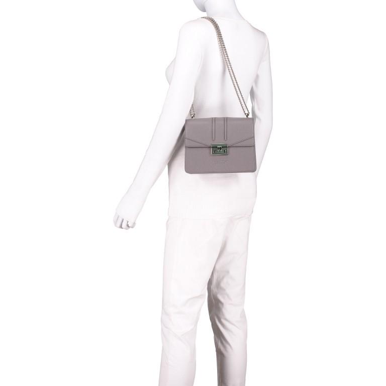 Umhängetasche Roros Grey Silver, Farbe: grau, Marke: Seidenfelt, EAN: 4251634219368, Abmessungen in cm: 21.0x16.5x6.5, Bild 3 von 5