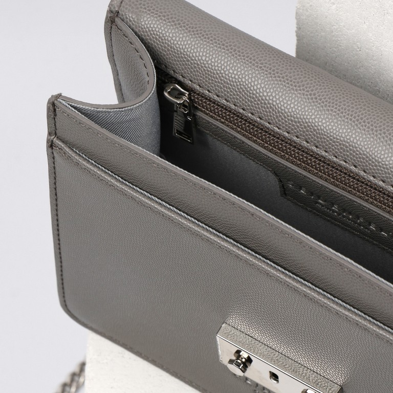 Umhängetasche Roros Black Silver, Farbe: schwarz, Marke: Seidenfelt, EAN: 4251634219283, Abmessungen in cm: 21.0x16.5x6.5, Bild 5 von 5