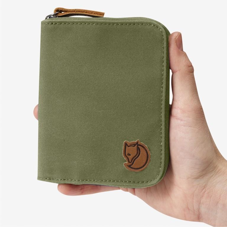 Geldbörse Zip Wallet Green, Farbe: taupe/khaki, Marke: Fjällräven, EAN: 7323450022440, Abmessungen in cm: 12.0x9.5x2.0, Bild 3 von 3