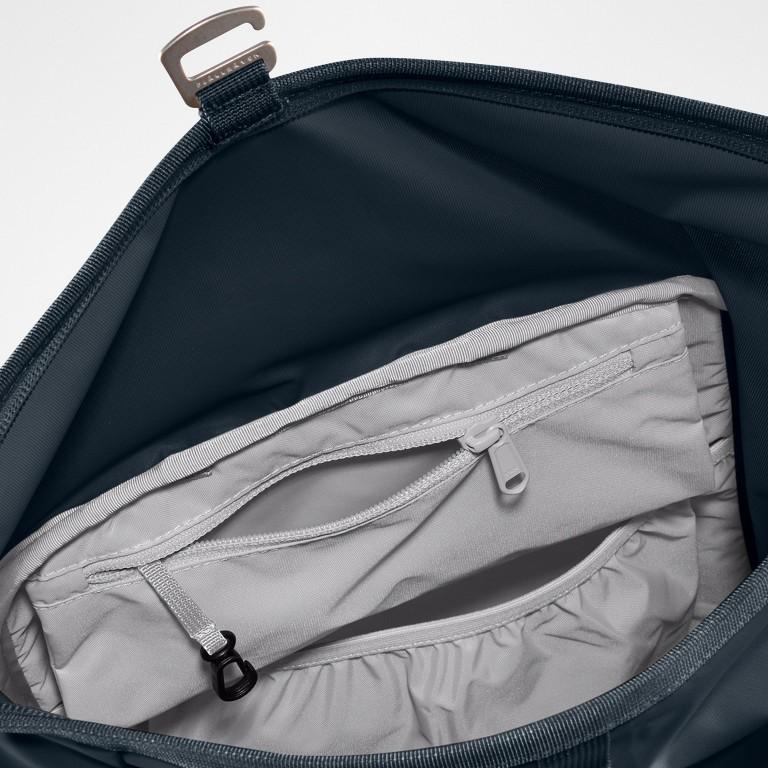 Rucksack High Coast Foldsack Volumen 24 Liter, Farbe: schwarz, anthrazit, grau, blau/petrol, taupe/khaki, grün/oliv, orange, gelb, Marke: Fjällräven, Abmessungen in cm: 26.0x45.0x20.0, Bild 6 von 10
