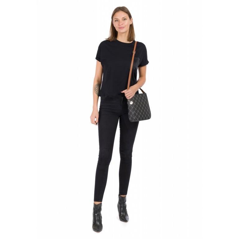 Umhängetasche Anastasia, Farbe: schwarz, grau, blau/petrol, braun, taupe/khaki, beige, Marke: Tamaris, Abmessungen in cm: 23.5x23.5x7.0, Bild 4 von 5
