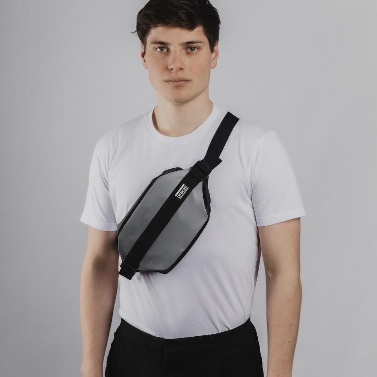 Gürteltasche Carryall Sling reflektierend Black, Farbe: schwarz, Marke: OAK25, EAN: 4270001715937, Abmessungen in cm: 28.0x14.0x10.0, Bild 5 von 6