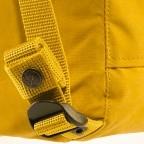 Rucksack Kånken Mini, Farbe: schwarz, anthrazit, grau, blau/petrol, cognac, grün/oliv, rot/weinrot, flieder/lila, rosa/pink, orange, gelb, beige, Marke: Fjällräven, Abmessungen in cm: 20.0x29.0x13.0, Bild 11 von 11