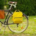 Fahrradtasche Rucksack mit Gepäckträgerbefestigung Black, Farbe: schwarz, Marke: Blackbeat, EAN: 8720088706978, Abmessungen in cm: 25.0x35.0x15.0, Bild 8 von 9